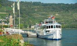 Rhine River Cruise © Travel Signposts