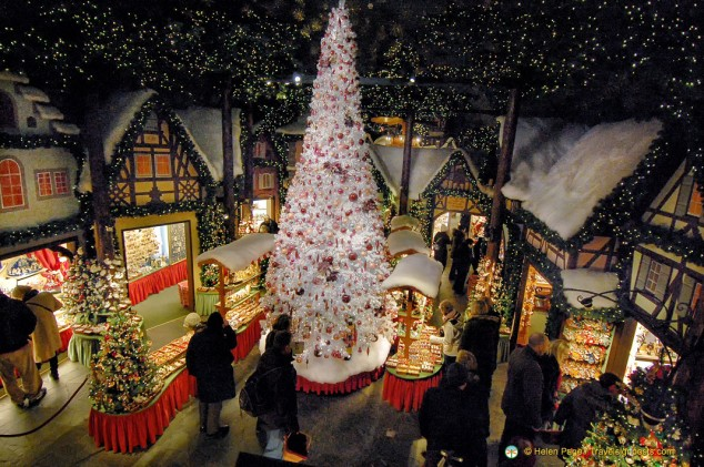Decorations In Germany During Christmas : K?the wohlfahrt christmas decorations rothenburg