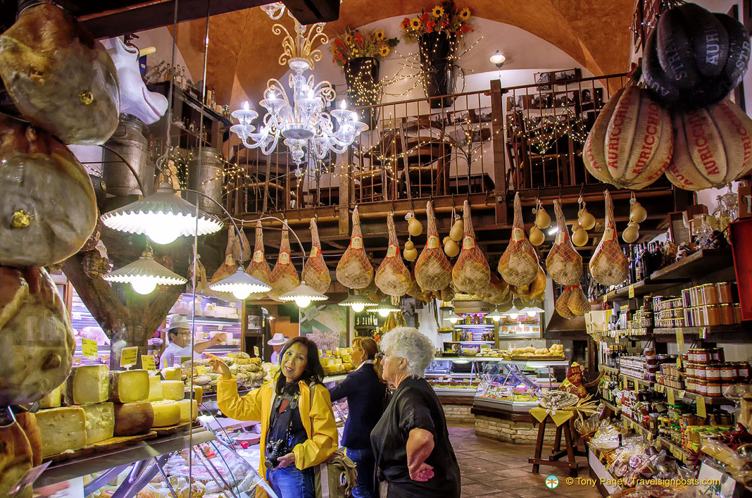 Bologna's Mouth-Watering Food Market