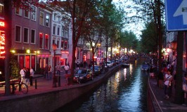 De Wallen – Amsterdam's Red Light District