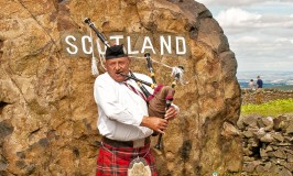 A Scottish Piper at the Border