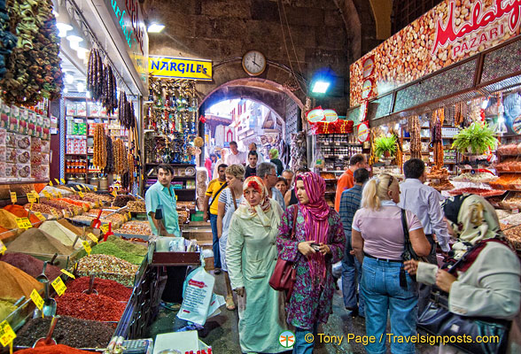 The Egyptian Market &#8211; An Exotic Spice Market in Istanbul