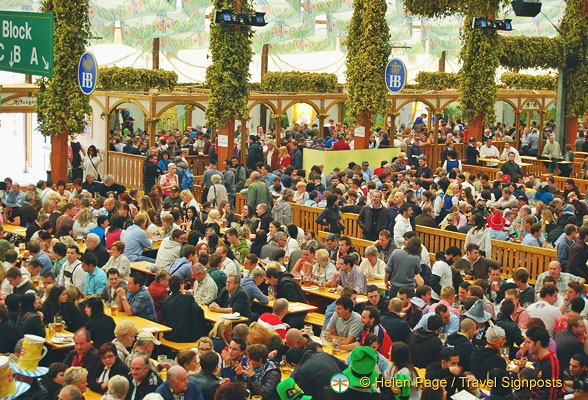 View full size ... & A very busy Hofbrau Oktoberfest tent