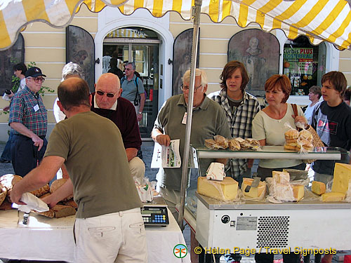 Melk cheese market stall