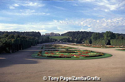 Schonbrunn Palace: It was originally a hunting lodge.