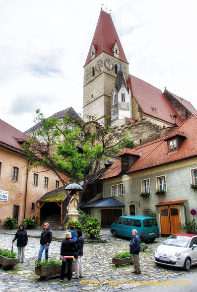 Weissenkirchen main square