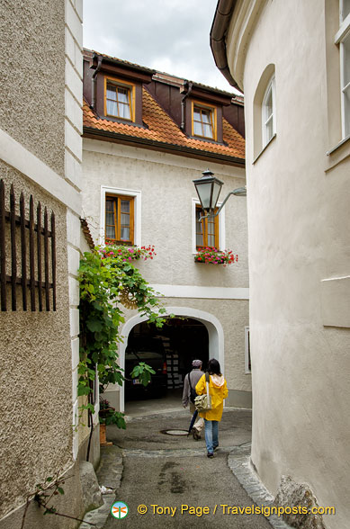 Exploring the streets of Weissenkirchen