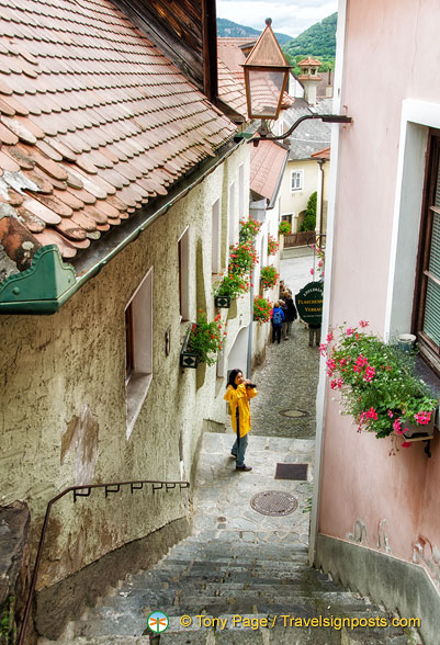Exploring the back streets of Weissenkirchen