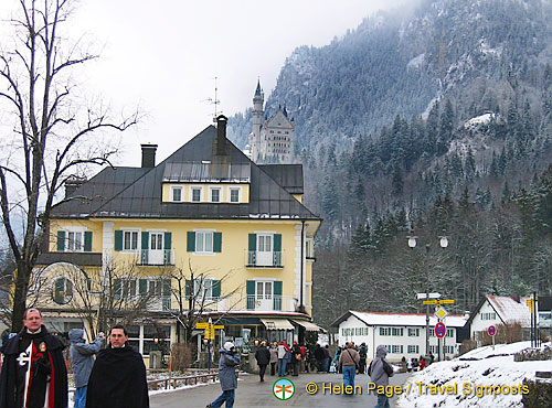 The Muller Hotel with Schloss Neuschwanstein in the background