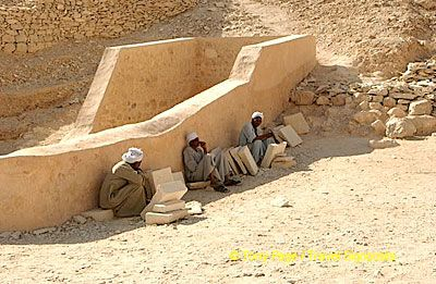 Tomb reconstruction workers sheltering from the heat