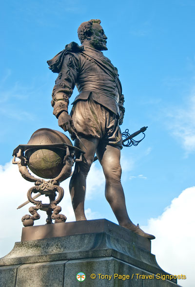 Sir Francis Drake was born in Tavistock.  A replica of this statue is at the Plymouth Hoe.
