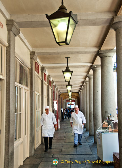 Chefs at the East Colonnade Market
