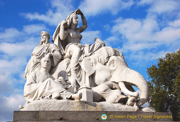 Albert Memorial - Sculpture representing Asia