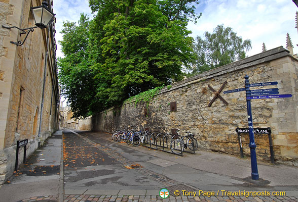 Brasenose Lane is the last Oxford passageway to retain its medieval single drainage channel in the centre