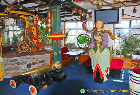 The Lady Hamilton lounge upstairs has a cannon and ship's figurehead