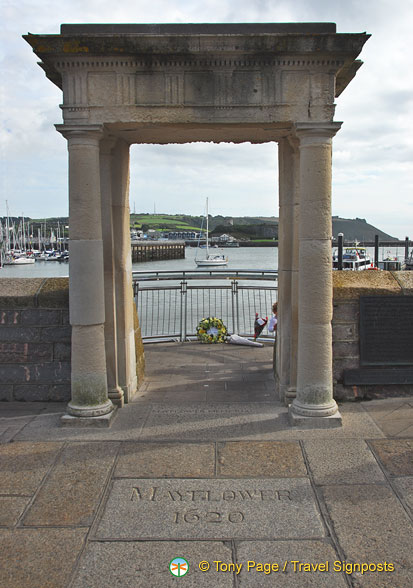 The Mayflower Steps is a memorial that commemorates the epic voyage of the Pilgrim Fathers in the Mayflower ship in 1620