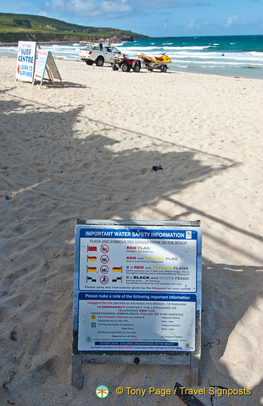 Water safety information on Porthmeor Beach