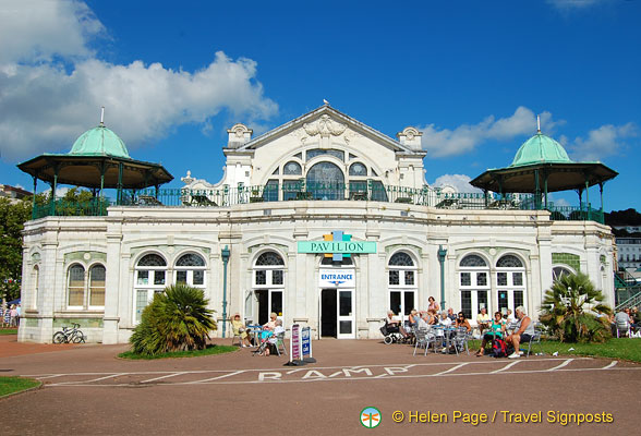 Torquay shopping at the Pavillion