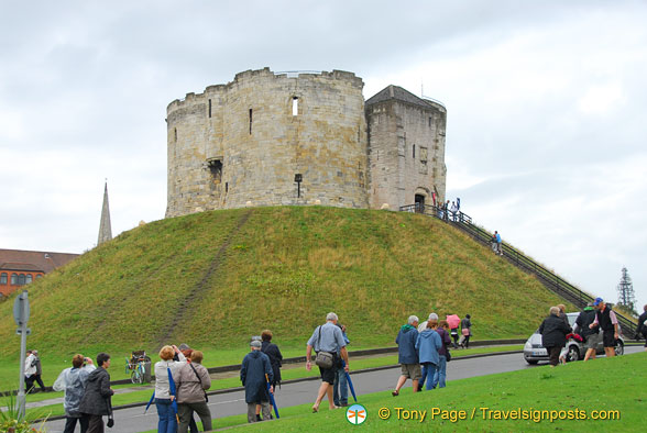 Clifford's Tower takes its name from Roger de Clifford who was hung here for treason