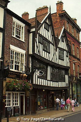 Golden Fleece, an inn at 16 Pavement, York