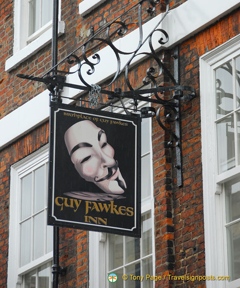 Guy Fawkes Inn at 25 High Petergate