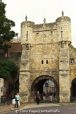 Micklegate Bar - Every visiting monarch and head of state has passed through this gateway