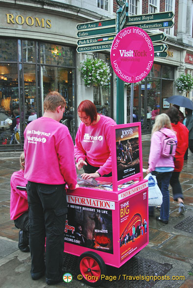 York Visitor Information in St Helen's Square