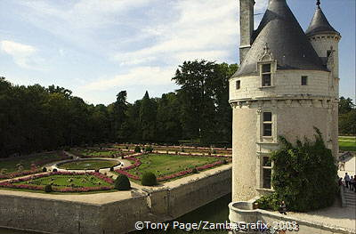 Chateau Chenonceau [Chateaux Country - The Loire - France]