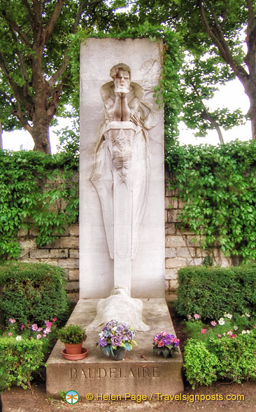 Cenotaph of Baudelaire