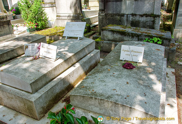 Grave of Marie Trintignant, an actress (l) and Sophie Daumier (r), another French actress