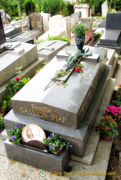 The Gassion-Piaf family grave