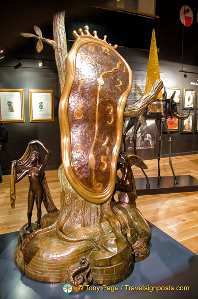 Dalí Sculpture - Nobility of Time