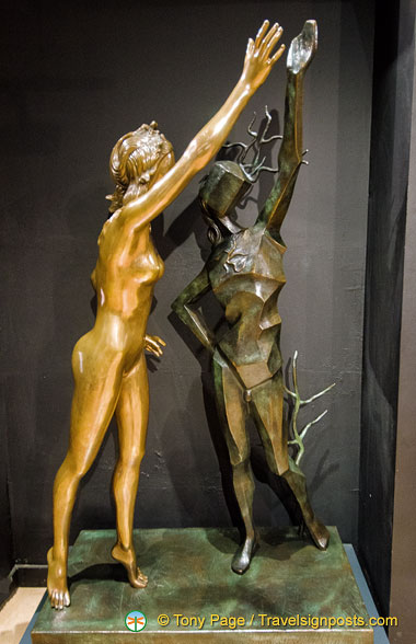 Dalí Sculpture - Homage to Terpsichore