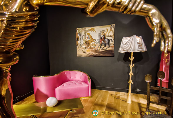 A room with Dalí furniture