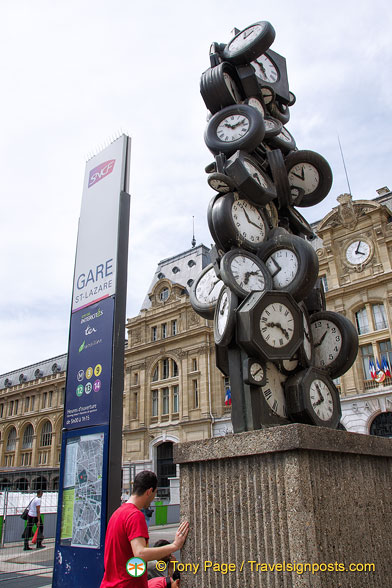 Clock sculpture in front of Gare Saint Lazare