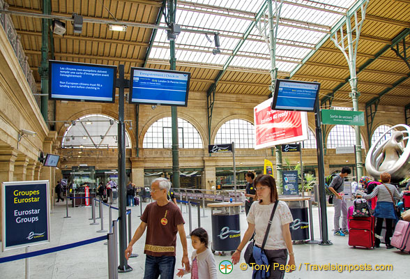 eurostar check in area at gare du nord