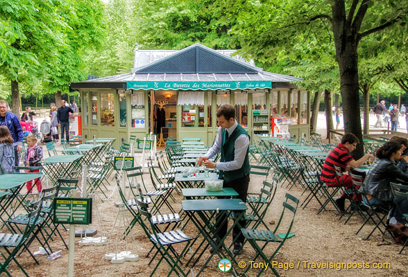 Cafe In The Jardin Du Luxembourg