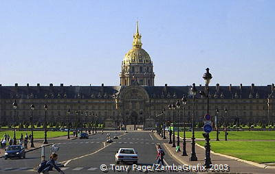 Glittering golden roof of the Dome Church