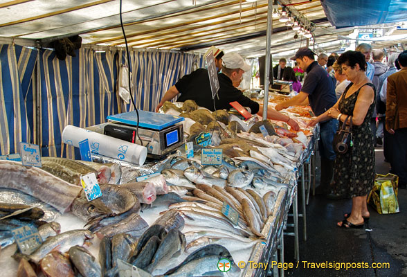 Big range of fish at Marché Président Wilson