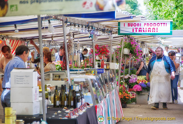 You can buy Italian produce at Marché Saxe-Breteuil