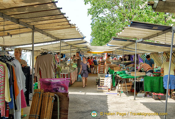 There are clothing stalls at Marché Saxe-Breteuil