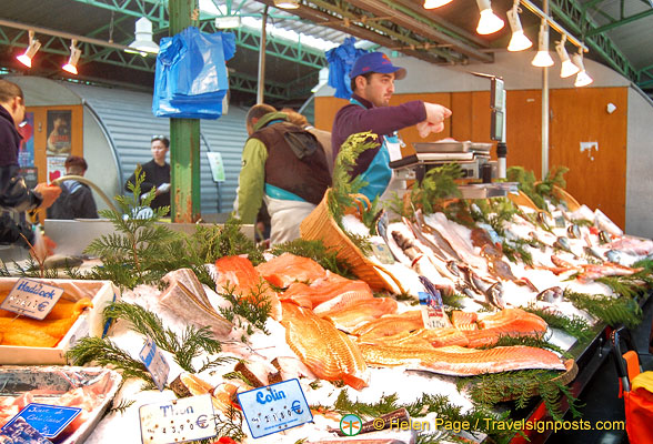 Fish stall at the Marché des Enfants Rouges