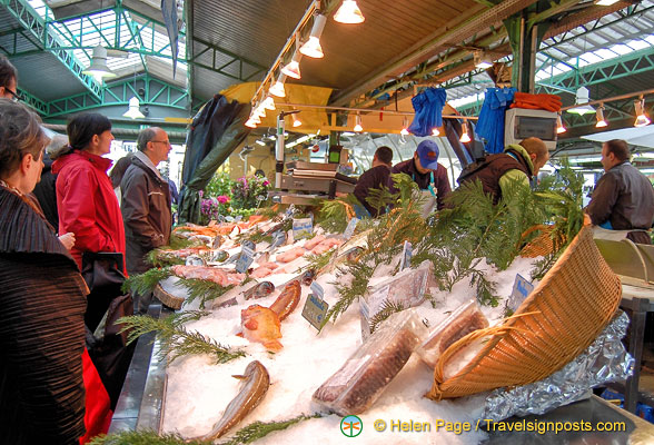 Fresh fish at the Marché des Enfants Rouges