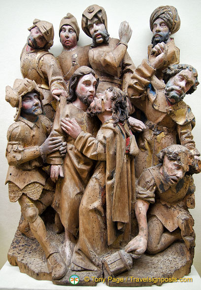 The Kiss of Judas - an exquisite wood carving in the Musée Moyen Age