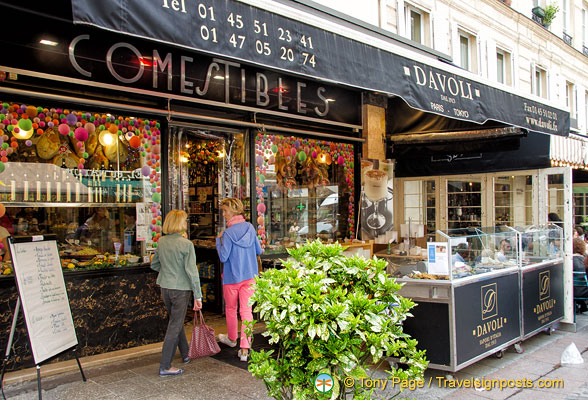 Davoli, a great deli at 34 rue Cler