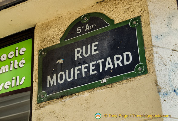 Rue Mouffetard street sign