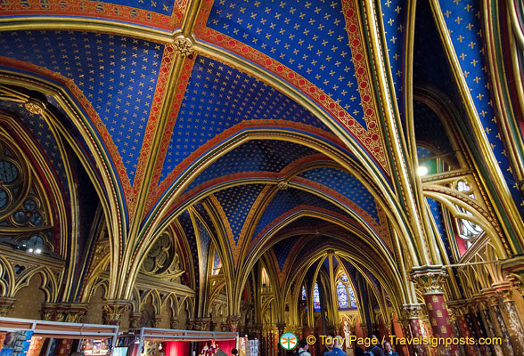 Richly coloured vault of the Lower chapel