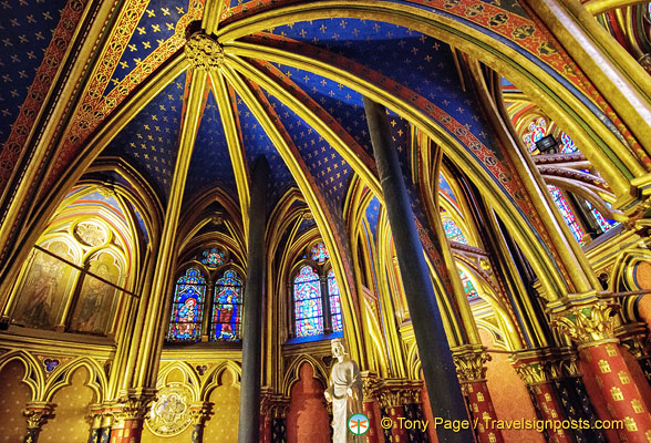 Richly decorated ceiling of Sainte-Chapelle Lower Chapel