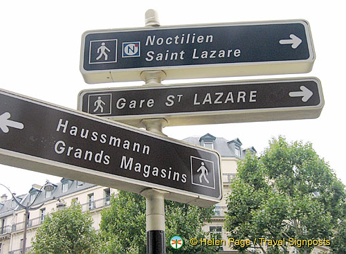Direction signs at Boulevard Haussmann