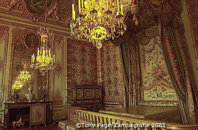 In this room the queens of France gave birth to their royal children in public view